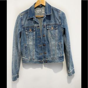 GAP blue jean jacket size XS